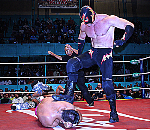 cmll-thunder-vs-volador-jr