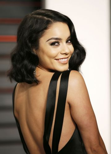 vanessa-hudgens-2016-vanity-fair-oscar-party-in-beverly-hills-ca-1